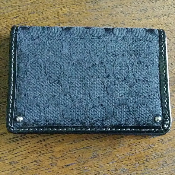 Coach Handbags - Small Coach Wallet or Business card holder